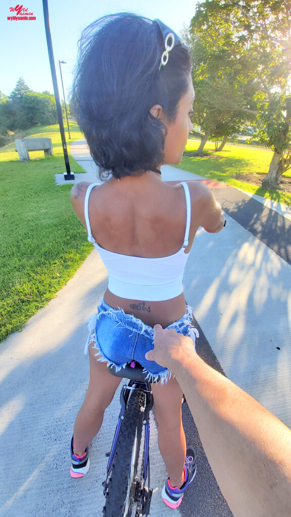 Zahra Soltanian (Wyld Yasmin) Bike With Me