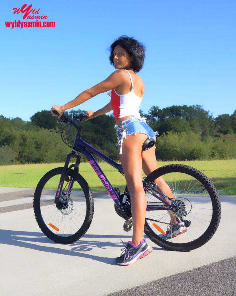 Hot Zahra Soltanian (Wyld Yasmin) Biking Fitness