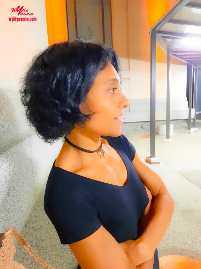 Elegant Zahra Soltanian (Wyld Yasmin) Selfie