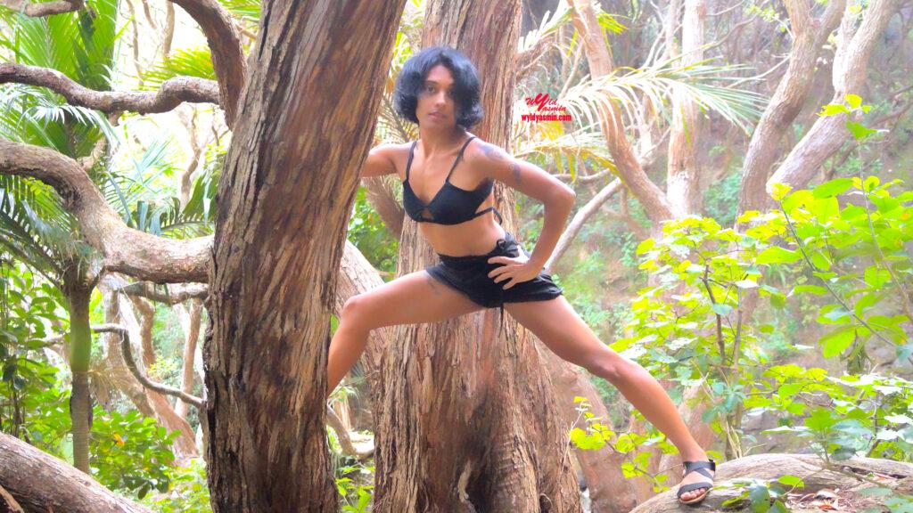 Jungle Babe Zahra Soltanian (Wyld Yasmin)